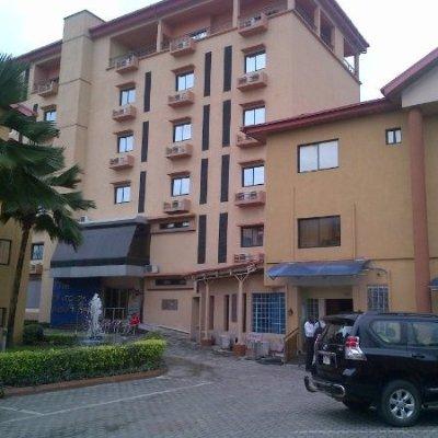 Kanu's hotel